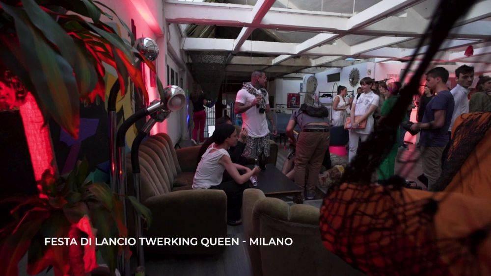 mgid:file:gsp:scenic:/international/mtv.it/Fotogallery/elettra-lamborghini-twerking-queen-episodio-3-058.jpg