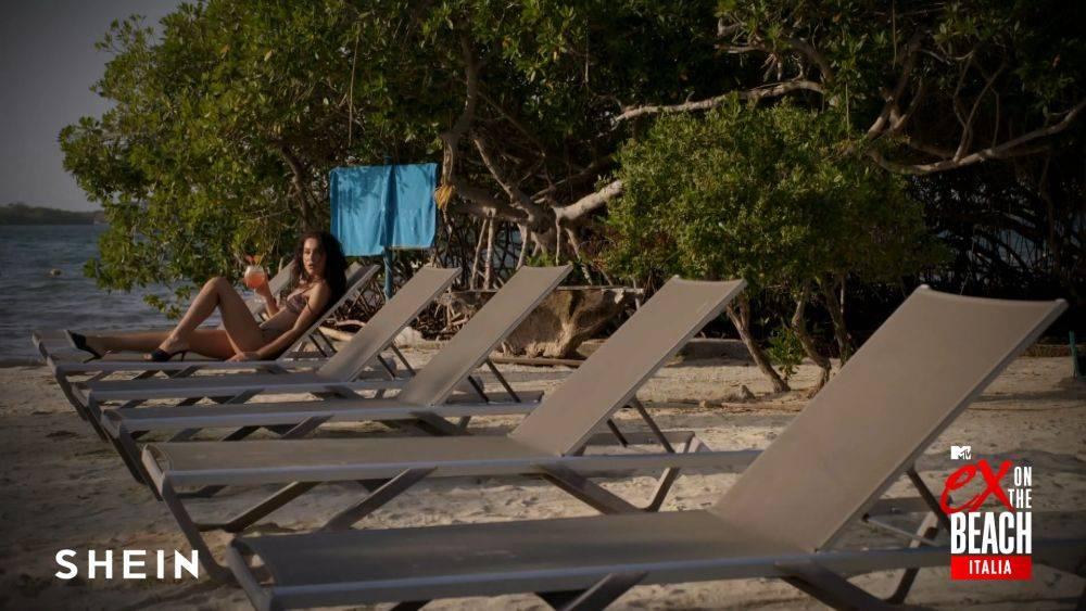 mgid:file:gsp:scenic:/international/mtv.it/Fotogallery/ex-on-the-beach-tialia-301-shein-006.jpg