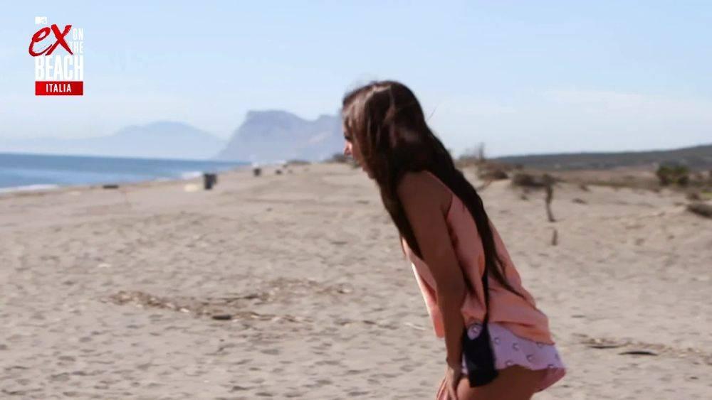 mgid:file:gsp:scenic:/international/mtv.it/Fotogallery/ex-on-the-beach-italia-stagione-2-episodio-9-039.jpg