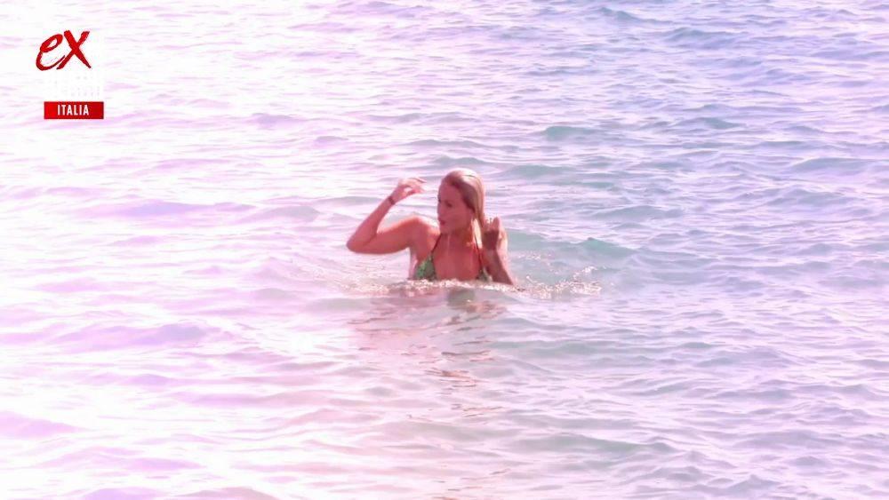 mgid:file:gsp:scenic:/international/mtv.it/Fotogallery/ex-on-the-beach-italia-stagione-2-episodio-9-038.jpg