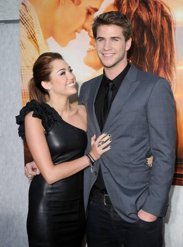 mgid:file:gsp:scenic:/international/mtv.it/Fotogallery/coppie-nate-set-Miley-Cyrus-Liam-Hemsworth.jpg