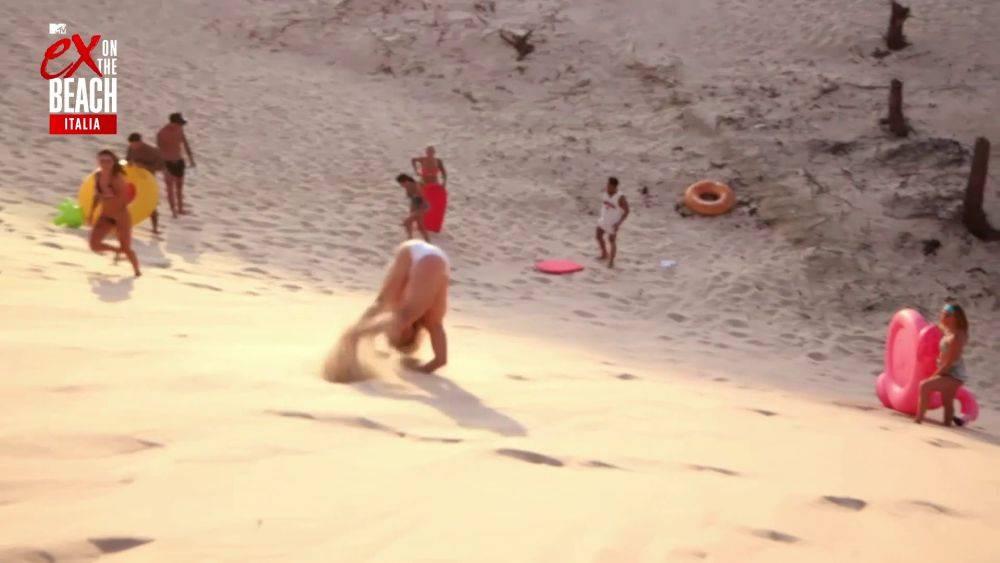 mgid:file:gsp:scenic:/international/mtv.it/Fotogallery/ex-on-the-beach-italia-stagione-2-episodio-9-073.jpg