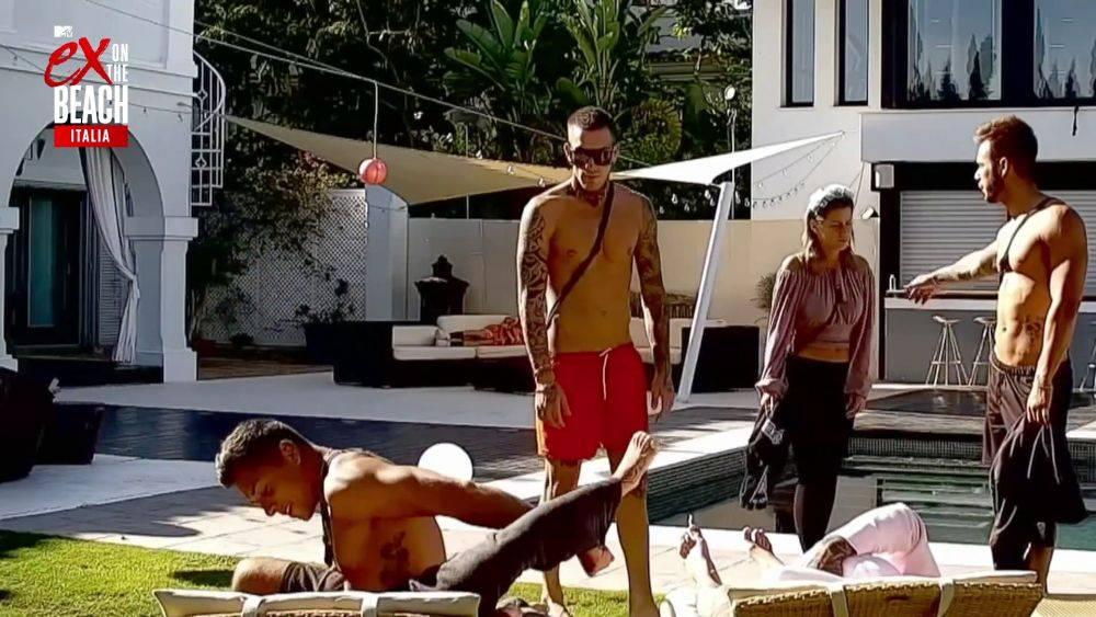 mgid:file:gsp:scenic:/international/mtv.it/Fotogallery/ex-on-the-beach-italia-stagione-2-episodio-9-026.jpg