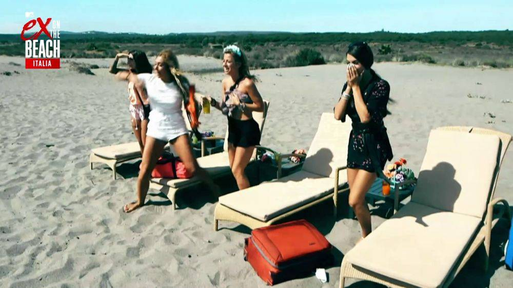 mgid:file:gsp:scenic:/international/mtv.it/Fotogallery/ex-on-the-beach-italia-stagione-2-episodio-9-037.jpg