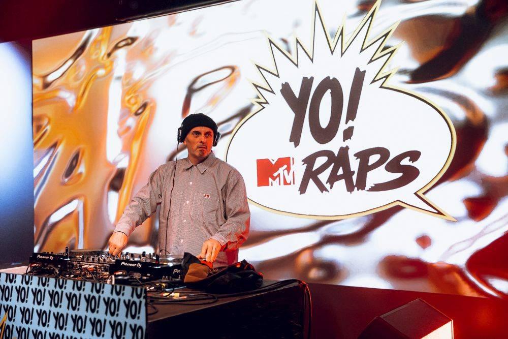 mgid:file:gsp:scenic:/international/mtv.it/Fotogallery/yo-mtv-raps-party-074.jpg
