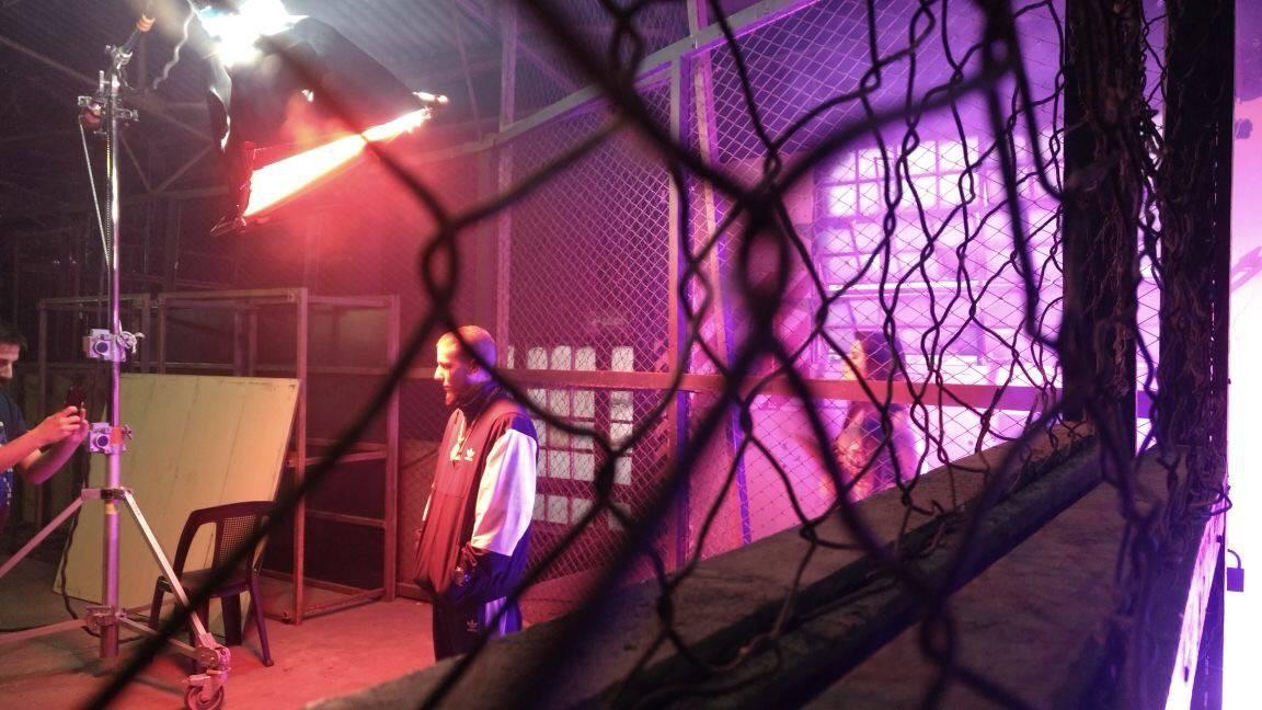 mgid:file:gsp:scenic:/international/mtvla.com-new/shows/mtv-caniggia-libre/backstage-videoclip-alex-caniggia-7.jpg