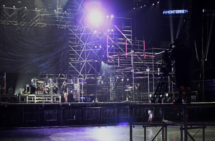 mgid:file:gsp:scenic:/international/mtvla.com/worldstage-mexico-2012/backstage-garbage-5_700x460.jpg