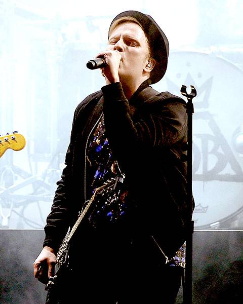 /crop-images/2015/04/12/patrick-stump-fall-out-boy-getty-469521560.jpg