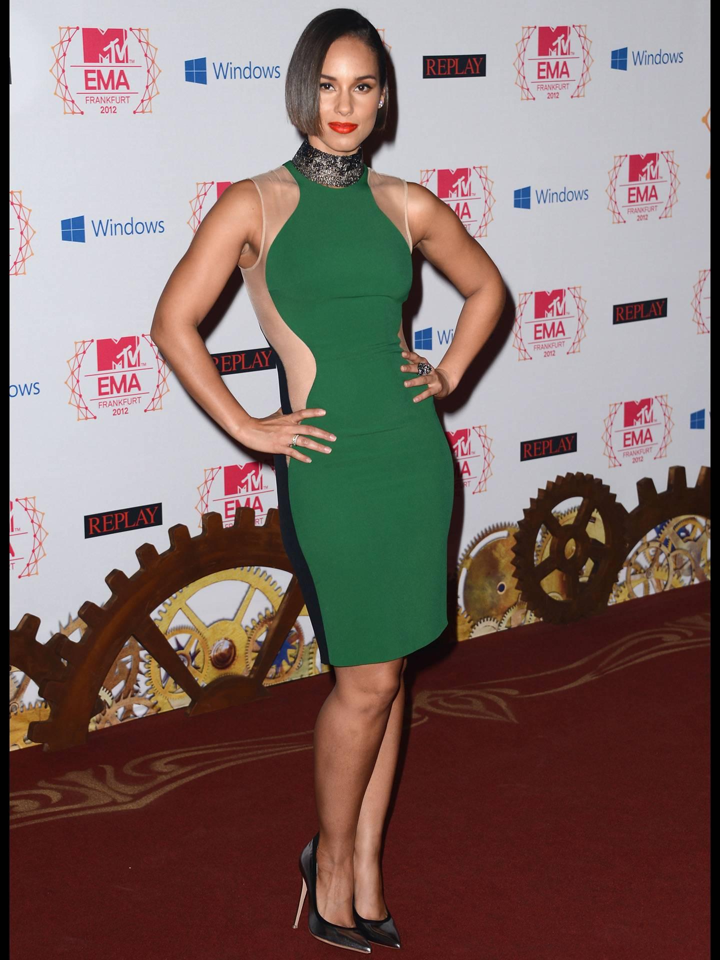 mgid:file:gsp:scenic:/international/mtvla.com/Alicia-Keys_Getty-Images-For-MTV_156031595.jpg