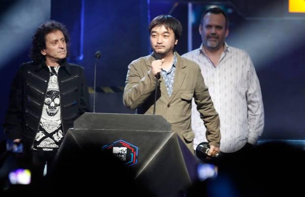 mgid:file:gsp:scenic:/international/mtvla.com/flipbooks/MTV-Game-Awards0175.jpg