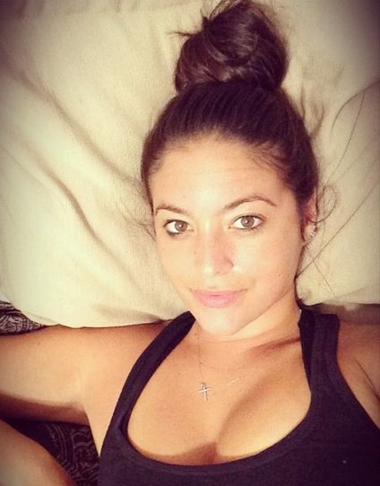 Sammi Sweetheart S Sexiest Bed Selfies Mtv