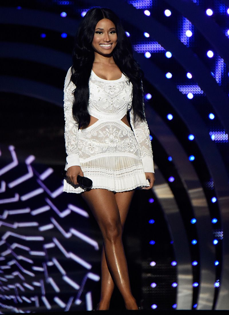 See All 10 Outfits Nicki Minaj Squeezed Into The 2014 EMA - MTV