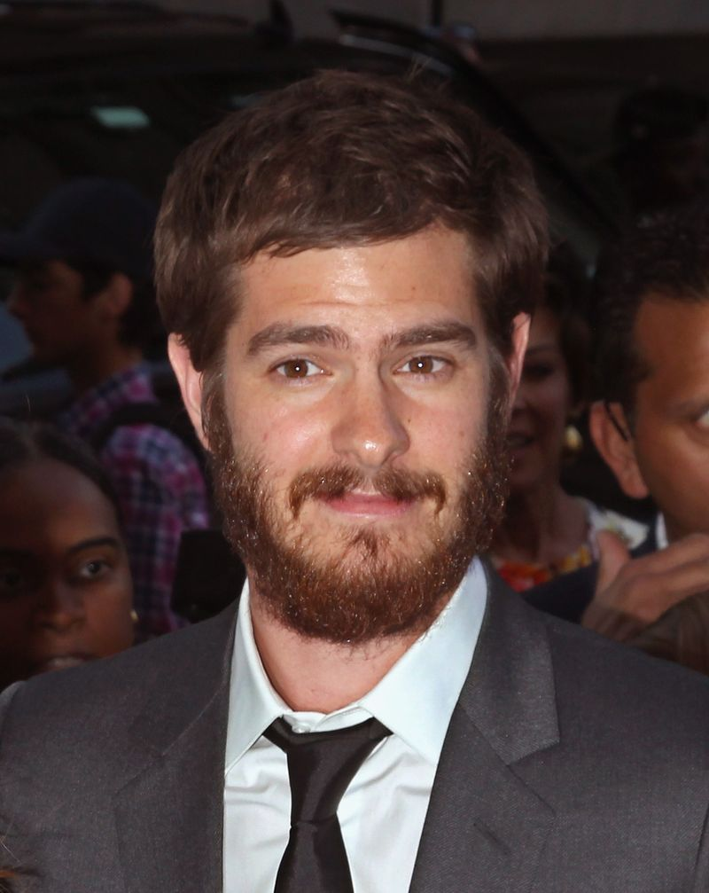 Watch Andrew Garfield Grow A Massive Beard Before Your Eyes Mtv