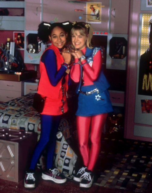 13 Things Zenon Got Right About The 21st Century Mtv