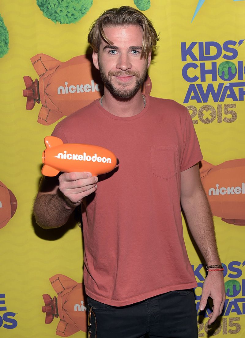 Liam Hemsworth Joins 16 Other Hot Guys Who Have Tried This Unfortunate 90s Hairstyle Mtv