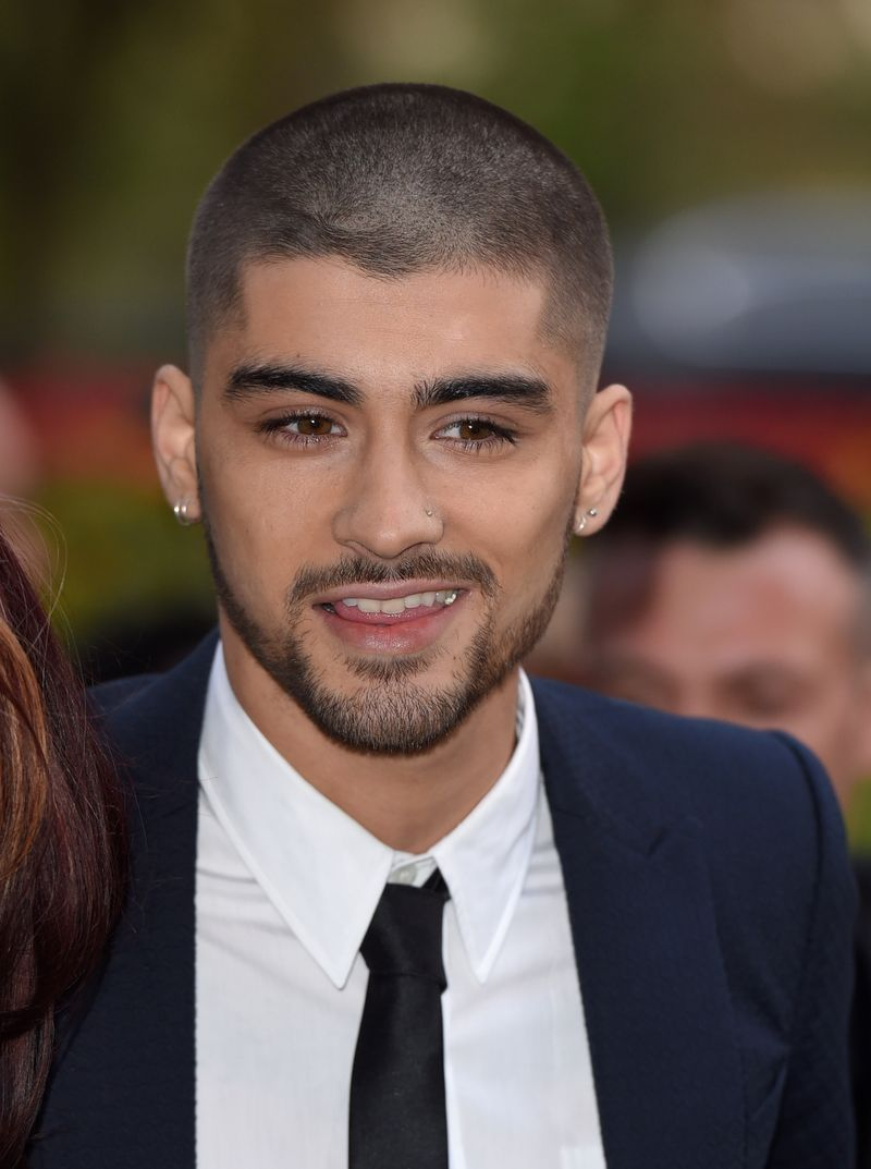 23559fb36 Zayn Malik Quit One Direction, And Now His Hair. The singer makes first red  carpet appearance since quitting ...