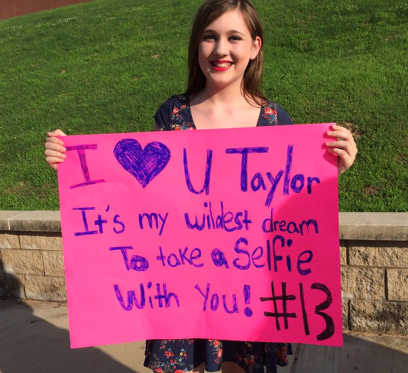 Here S How To Make A Killer Sign For The Taylor Swift Tour Mtv