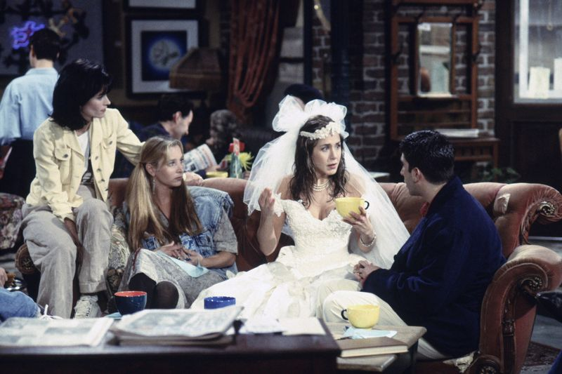21 Burning Questions I Had Watching Friends Season 1 For The First