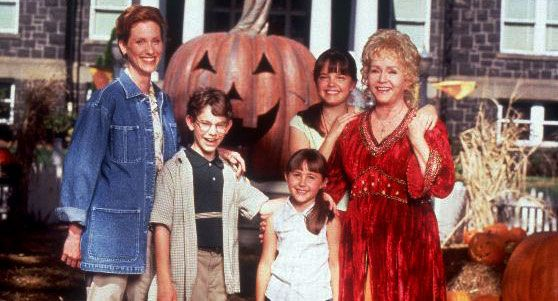 Revisiting 'Halloweentown' 17 Years Later: The Star And Director Share  Secrets From Set - MTV