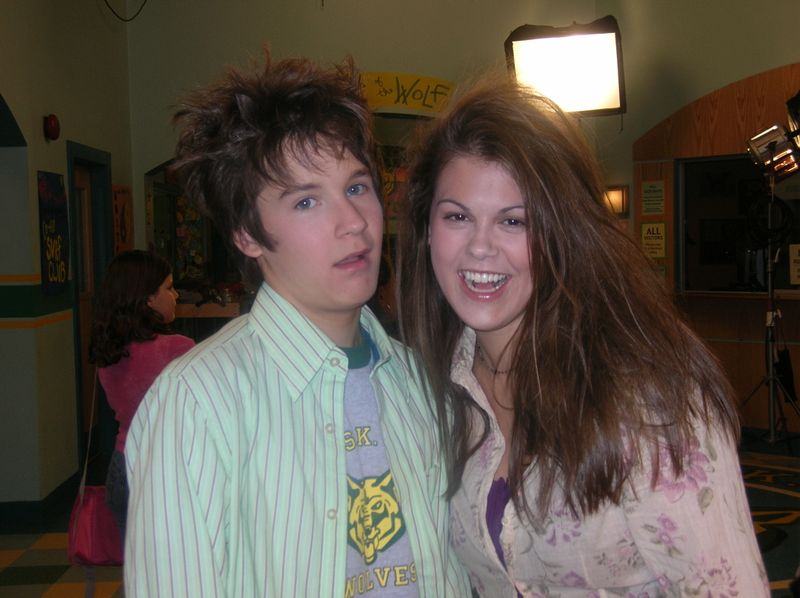 are ned and moze dating in real life
