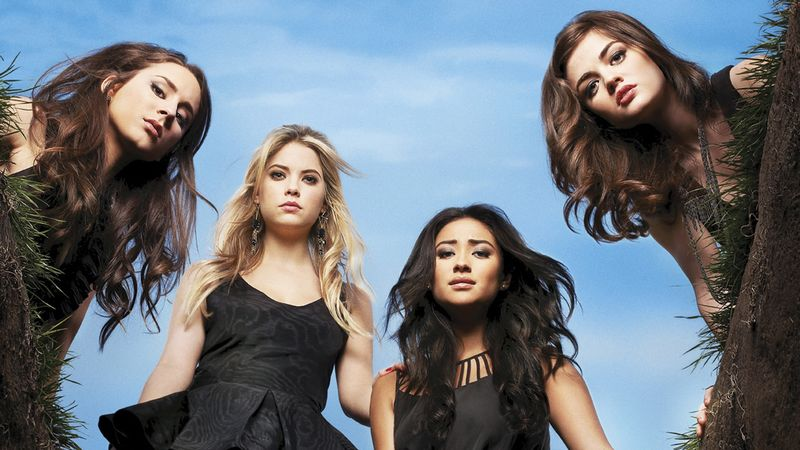 13 Serious Questions Every Pretty Little Liars Fan Has About
