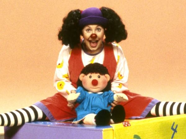 molly big comfy couch Here's What Loonette The Clown From 'The Big Comfy Couch' Is Up To  molly big comfy couch
