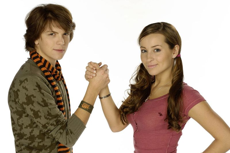 10 TV Siblings Who Secretly And Not So Secretly Want To