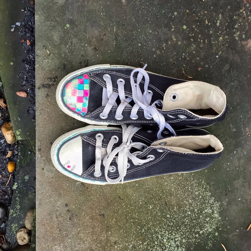 separation shoes 34622 17e9f 37 Emo Song Lyrics You Doodled On Your Chuck Taylors