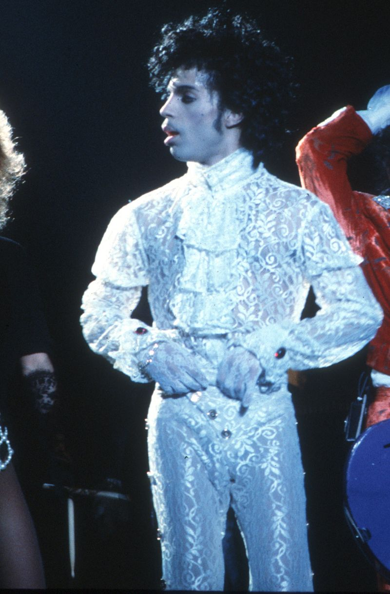 19 Outfits Only Prince Could Pull Off - MTV