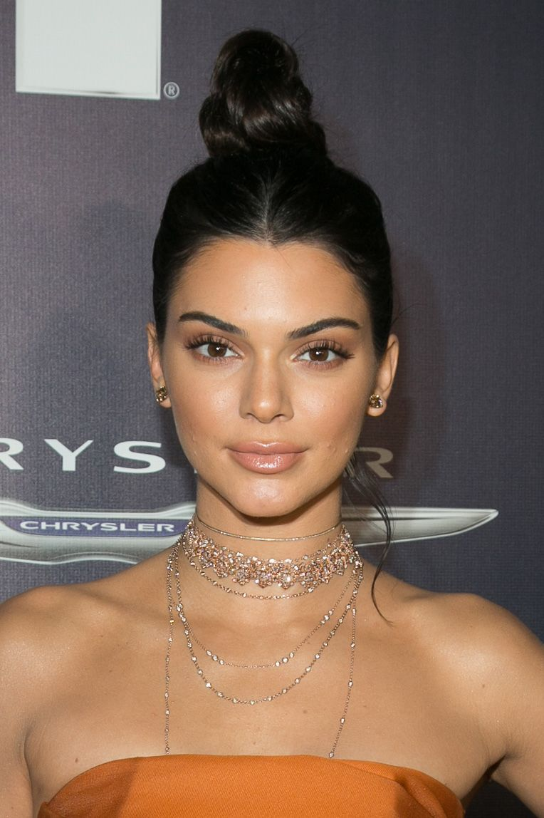 Breaking Kendall Jenner Says Chokers Are Over Mtv