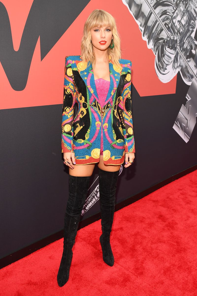 See All The Fiercest Vma Red Carpet Looks From Taylor
