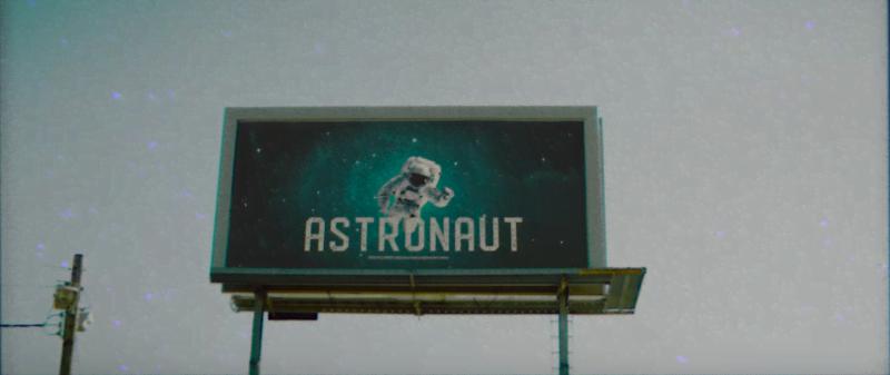 Imagini pentru stray kids Astronaut